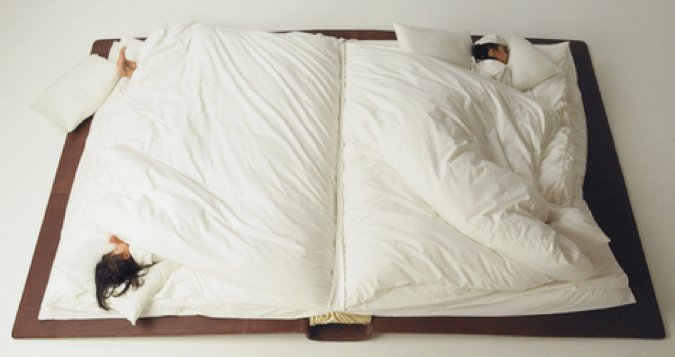 The Perfect Bed For Those Who Like To Read in Bed