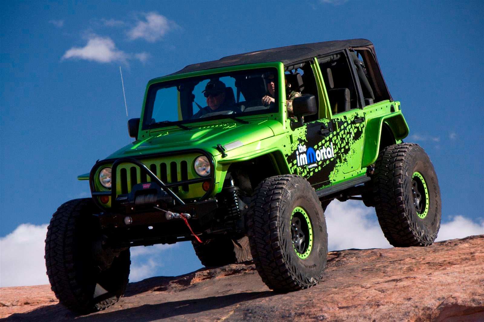 Extreme Mopar Off-Road Rams, Jeeps Justify Chrysler's Existence