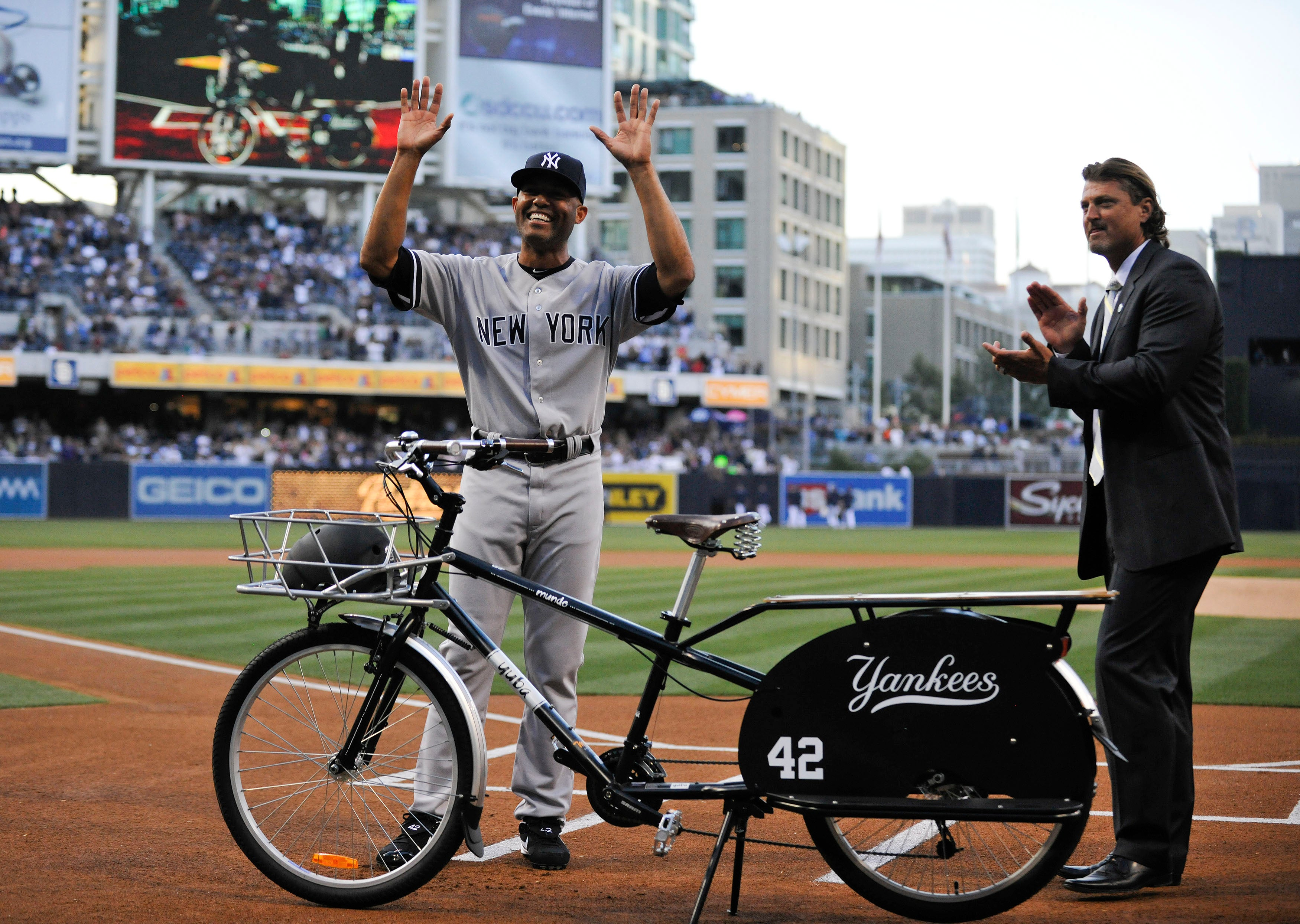 Gallery: All The Tacky Crap MLB Teams Gave Mariano Rivera This Season