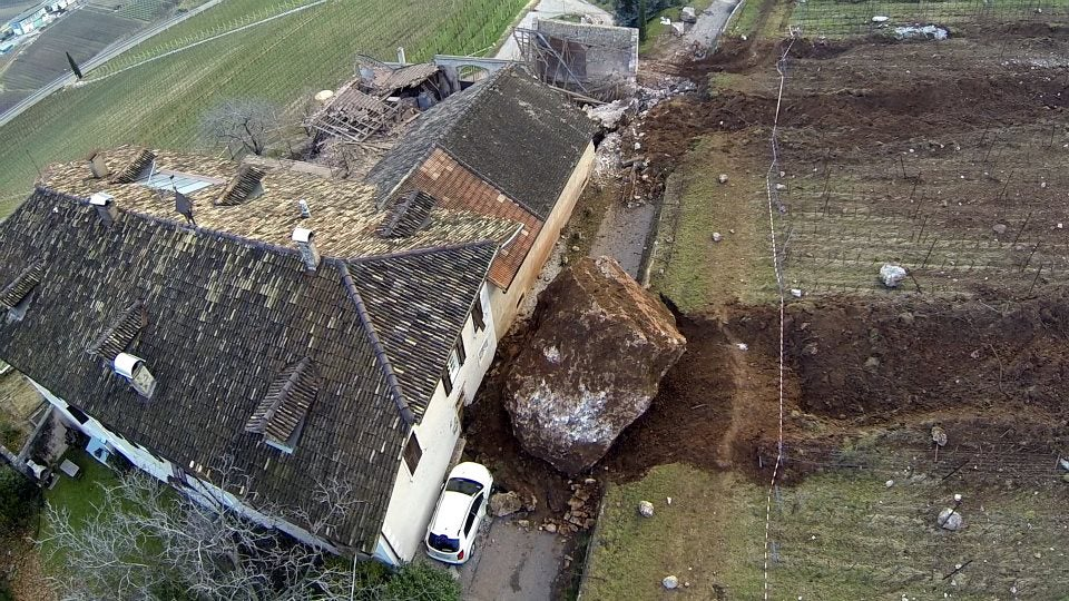 Giant boulder destroys building in Italy, misses another one by inches