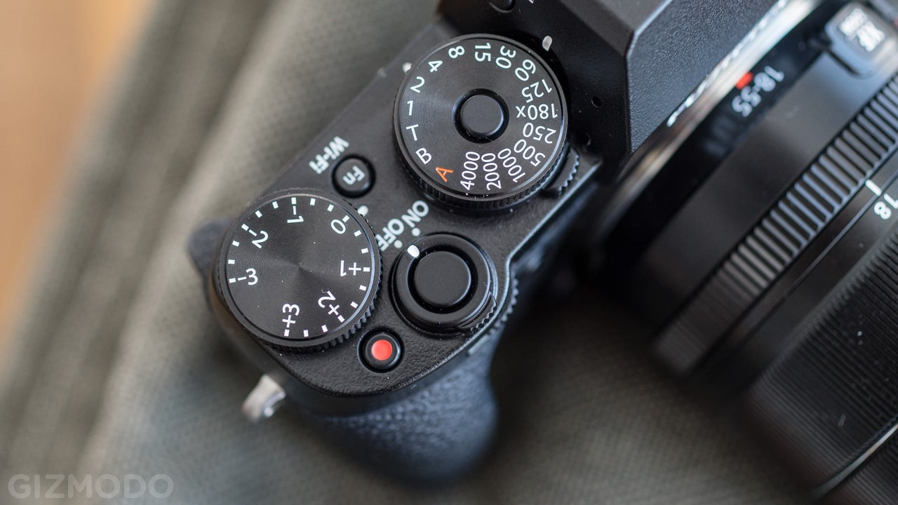 Fujifilm X-T1 Review: Feast for the Eyes, Frustration for the Fingers