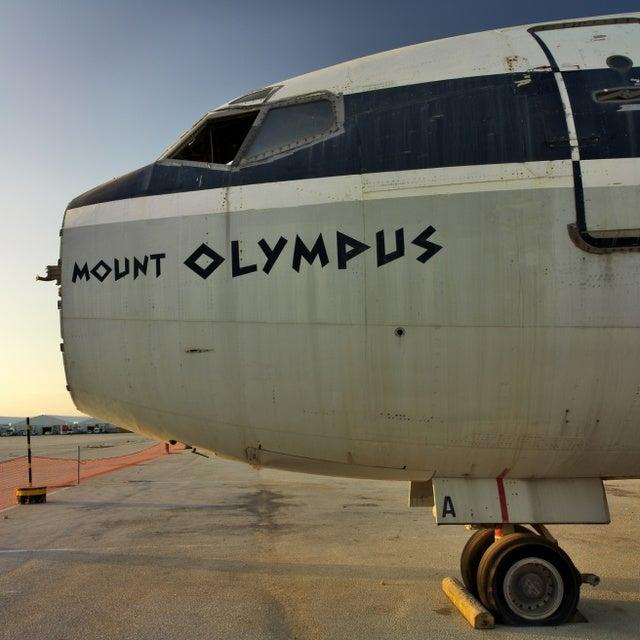 Stark, Beautiful Photos of an Abandoned Greek Airport