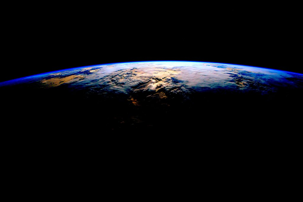 earth image-cache iss planet-earth scott-kelly space-porn