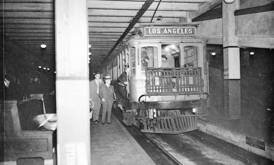 cities la los-angeles pacific-electric red-cars subway transit urbanism