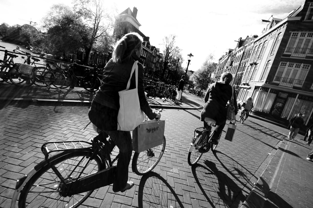 City Cycling: Health Versus Hazard