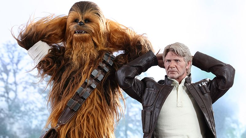 chewbacca han-solo hot-toys io9 star-wars star-wars-the-force-awakens the-force-awakens toys