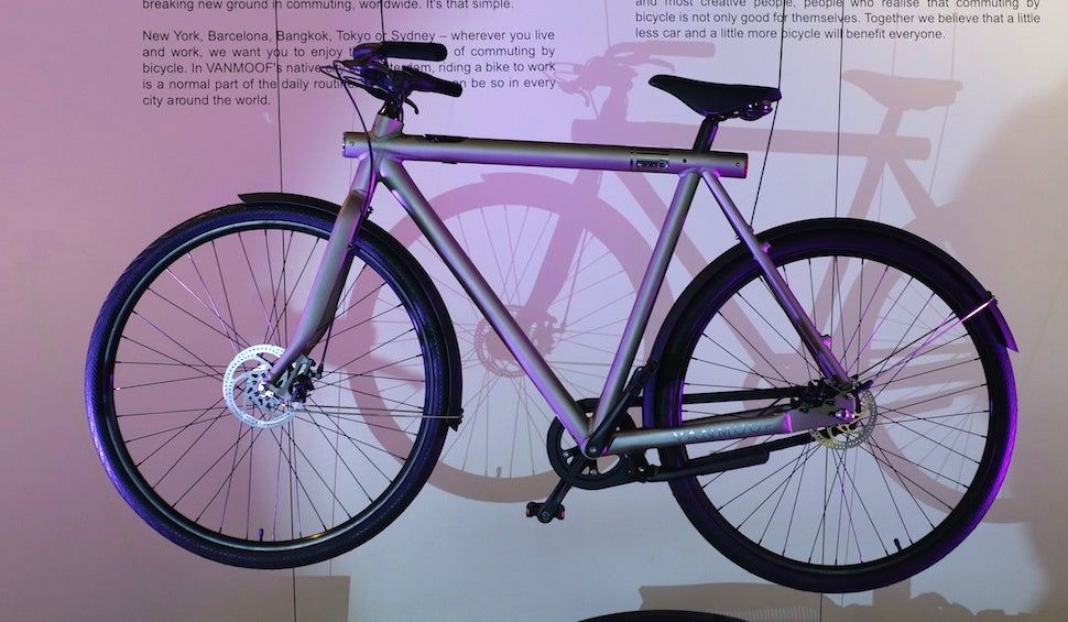 cycling the-tesla-of-bicycles thieves vanmoof-smartbike