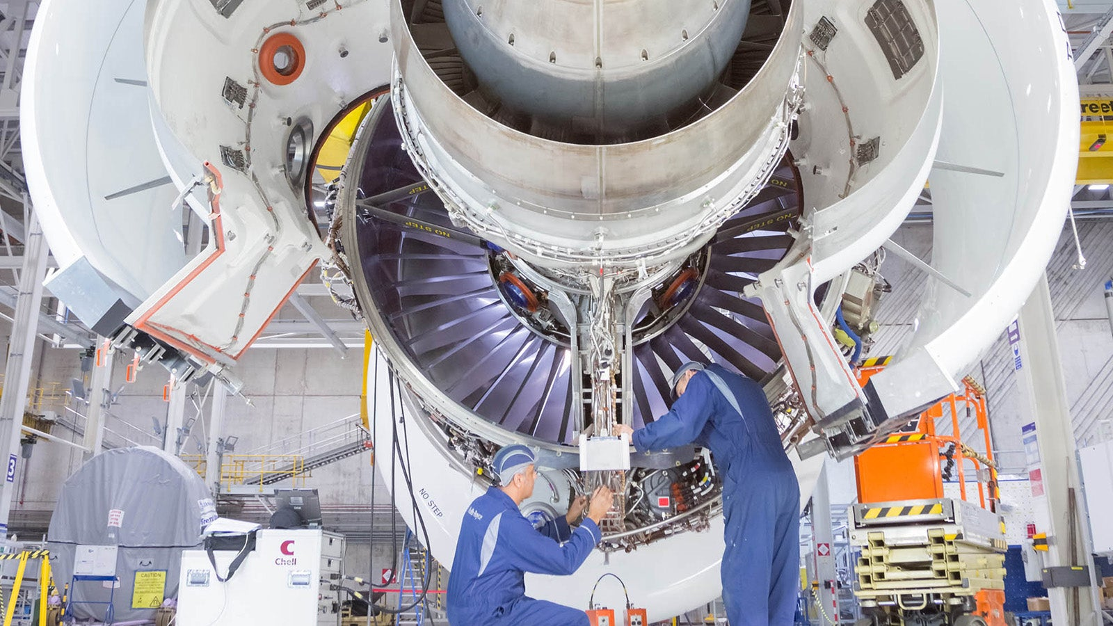 aeroplanes airbus engine rolls-royce tag-science
