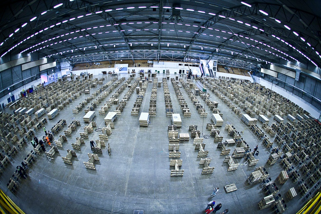 How The World's Biggest LAN Party Is Built