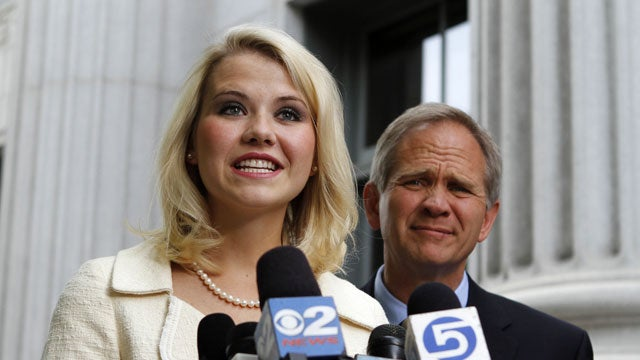 Elizabeth Smart Confronts Her Captor