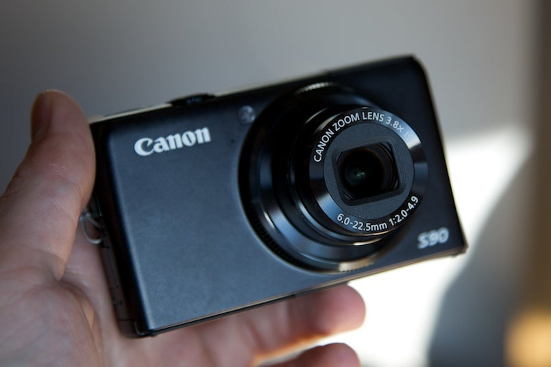 Canon PowerShot S90  Pro Point-and-Shoot: Yes Pleeeeease