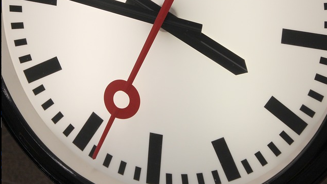 Make Better Decisions by Pausing Just a Fraction of a Second