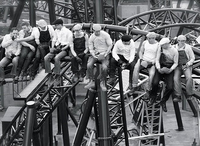 Roller Coaster Workers Recreate an Iconic 1932 Photo