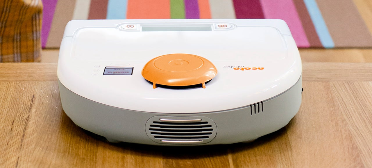 A Self-Charging Robot Vac That Remembers Exactly Where It Left Off