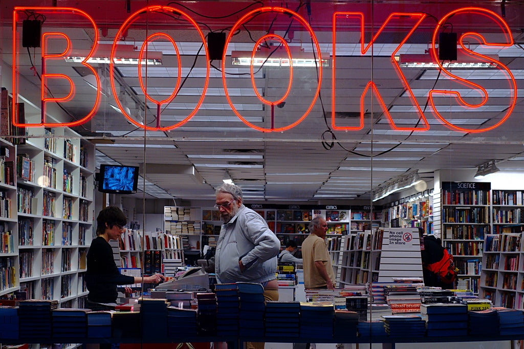 Print Is Back and It's Trouncing E-Book Sales