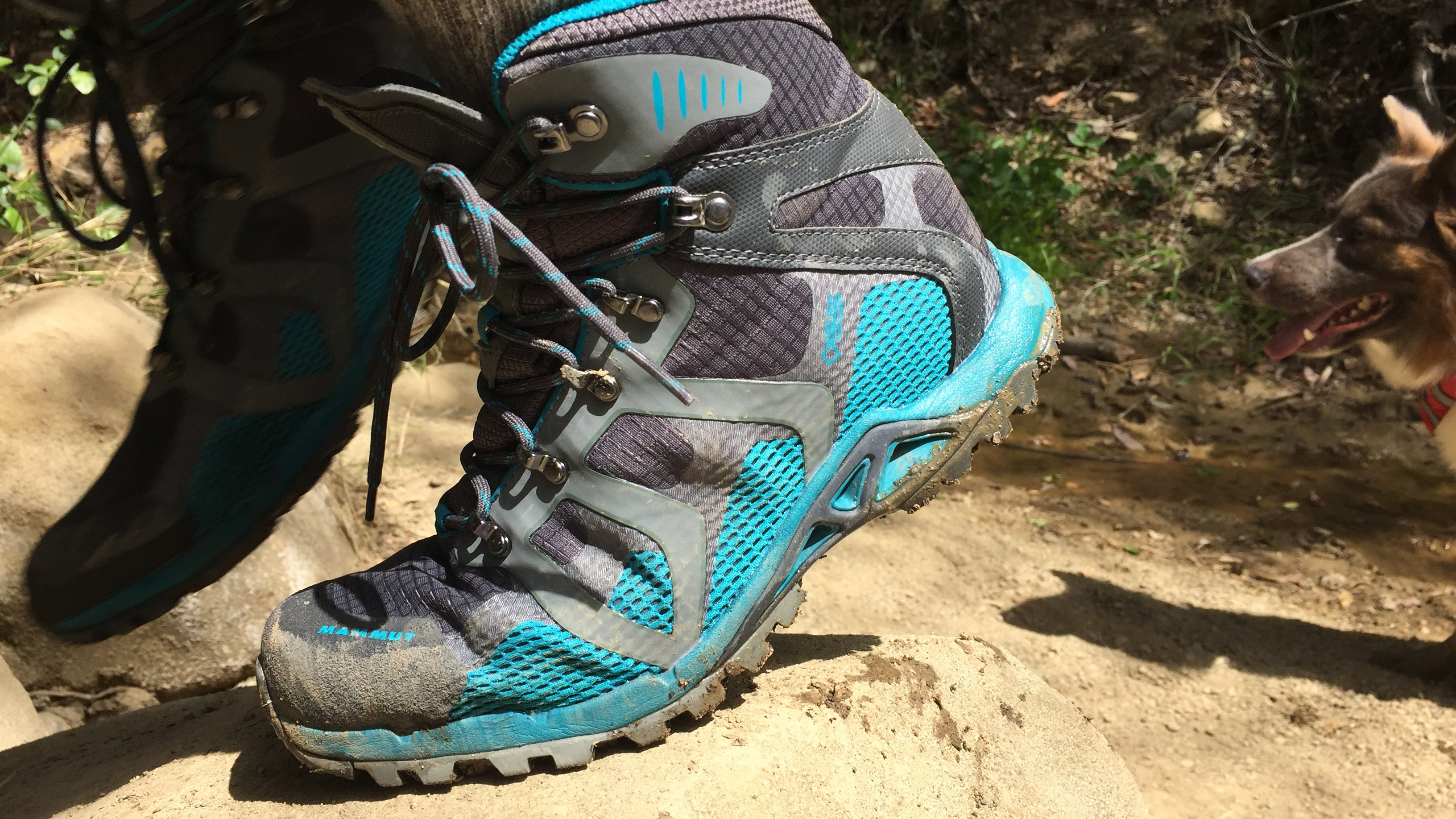 The Best Hiking Boots for Wide Feet 2017