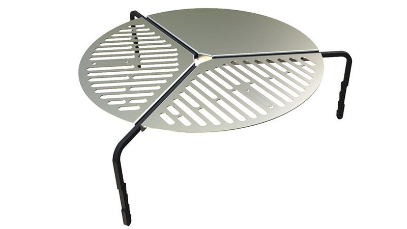 A campfire grill that hugs your spare tyre for easy
