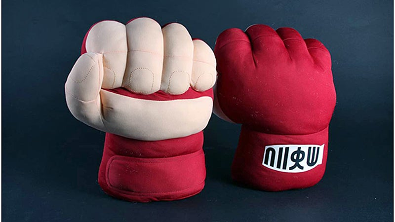 Hadoken Your Foes With a Pair of Over-Sized Ryu Street Fighter Fists