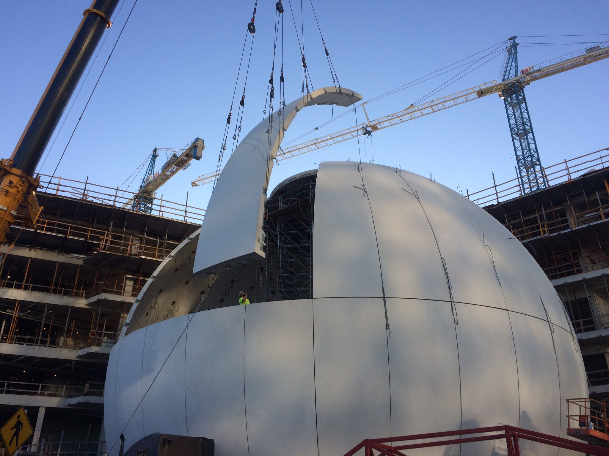 The Insanely Complicated Logistics of Building a Planetarium