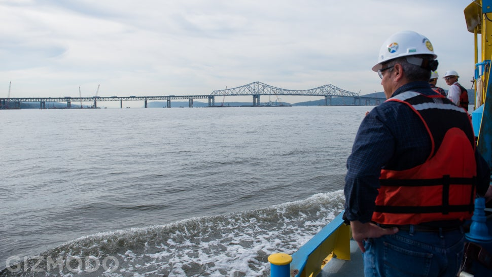 I Lift NY: Meet the Floating Super-Crane Building the Tappan Zee Bridge