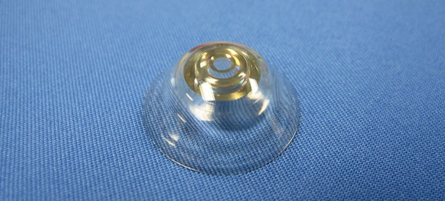 This Contact Lens Can Zoom In With a Wink of the Eye