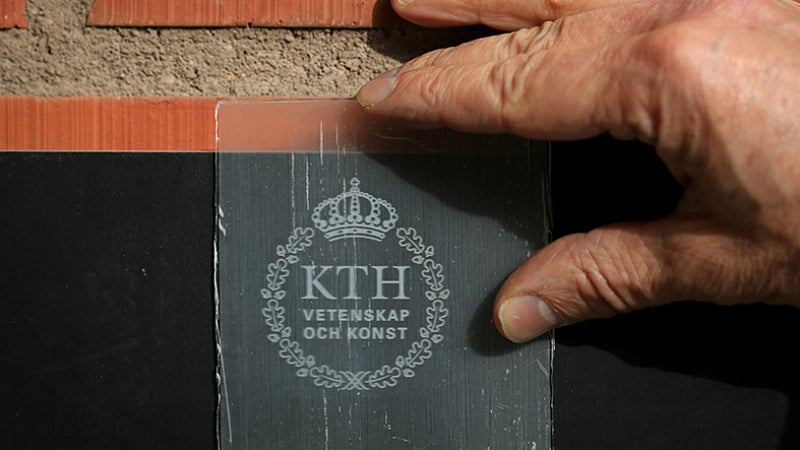 Transparent Wood Could Replace Glass, Become Coolest Building Material Ever