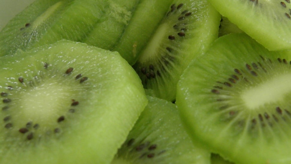 Patient Develops an Allergy to Kiwis Following Surgery