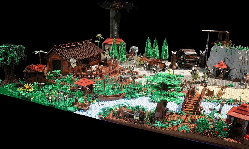 Huge LEGO Castle, Inspired By World of Warcraft's Horde Capital