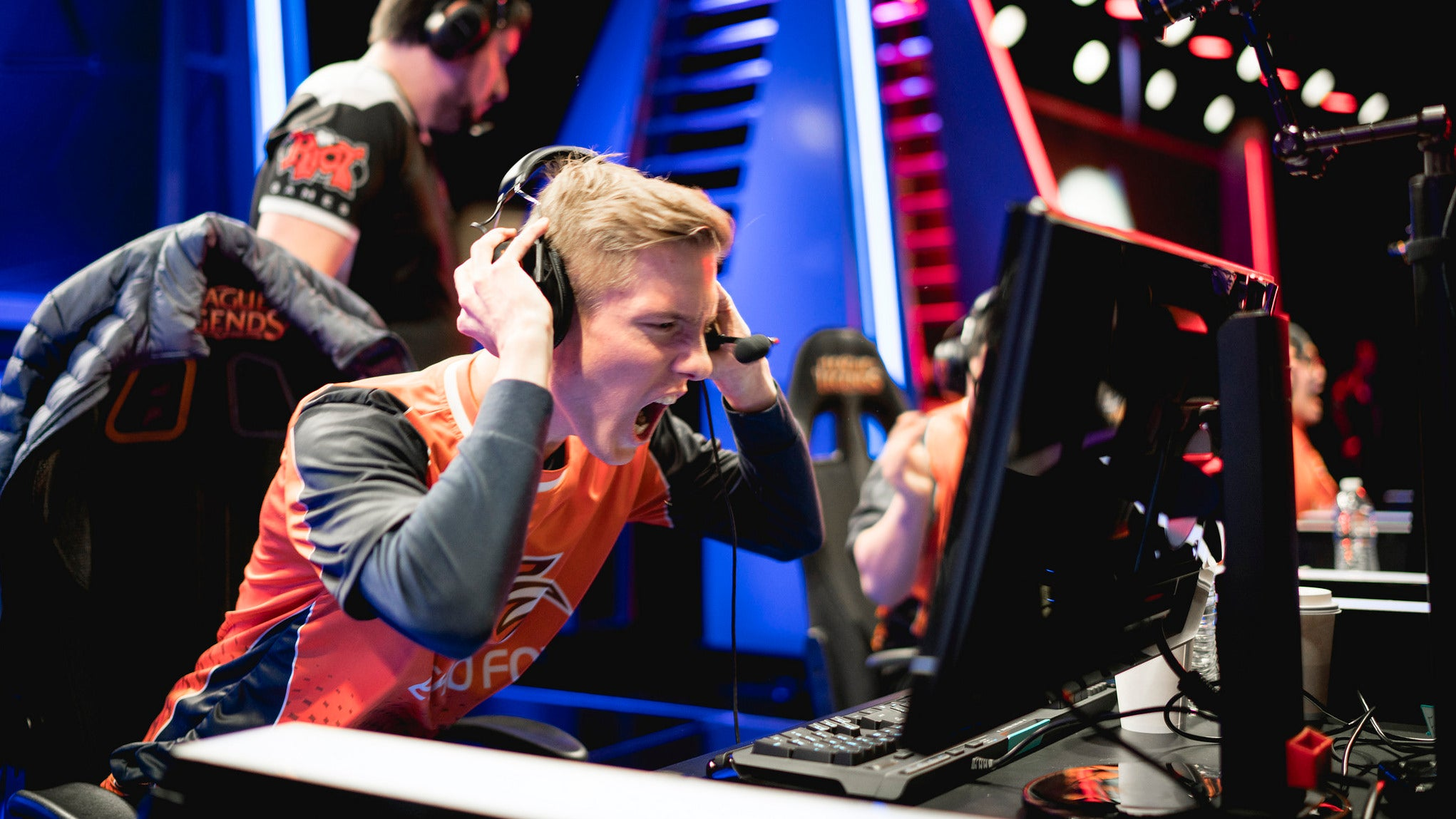 Last Night's Record-Setting League Of Legends Match Lowered The Bar