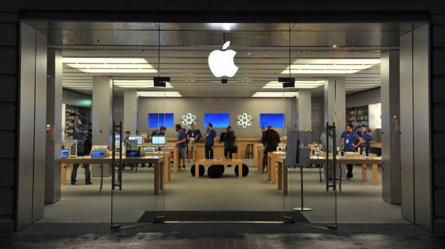 Apple Stores Are So Popular They Lift Mall Sales By 10 Per cent