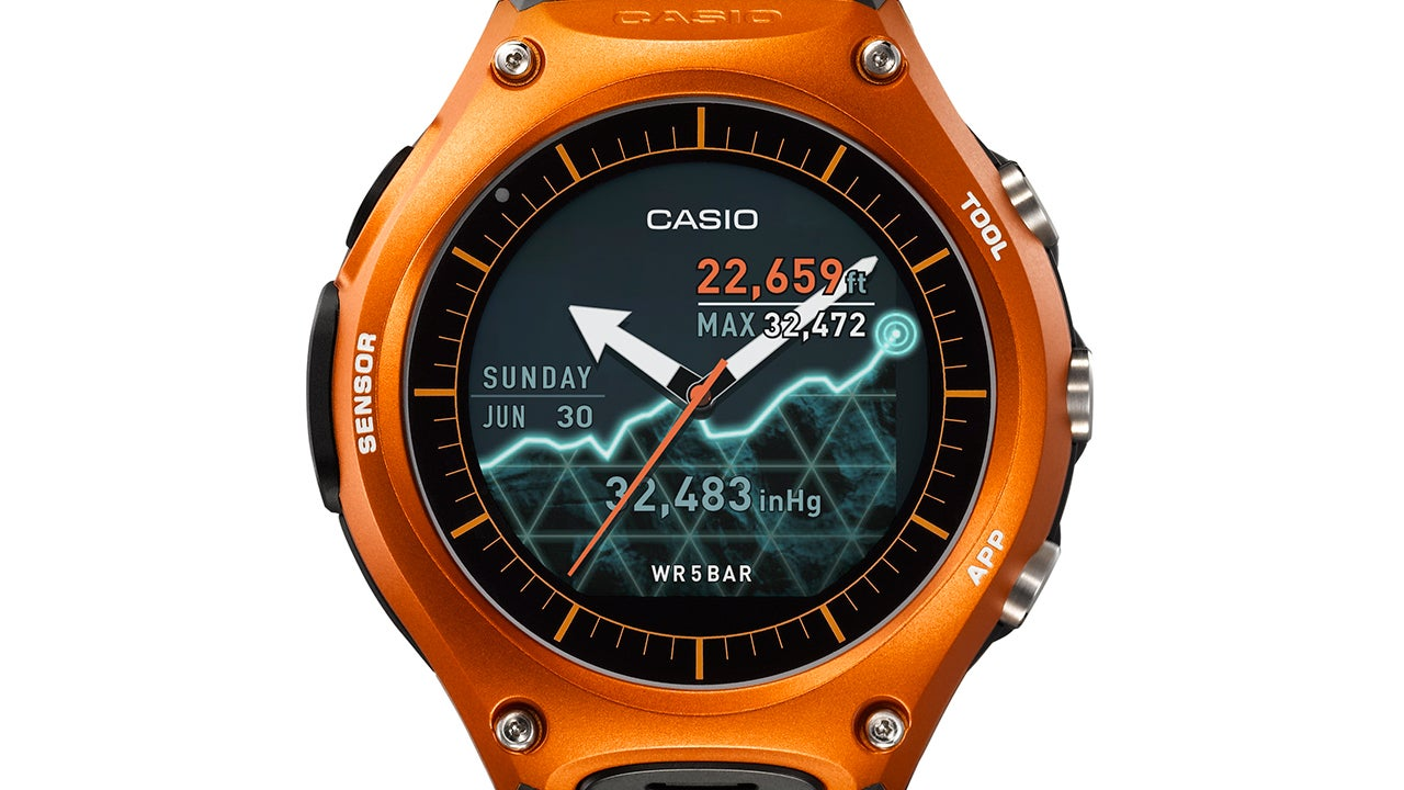 Casio 39 s sensor packed android wear watch can survive the outdoors longer than you gizmodo for Outdoor watches