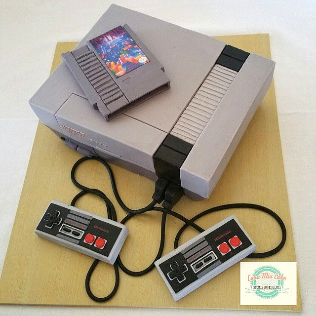 You Have To Look Closely To See That This NES Is Actually a Cake