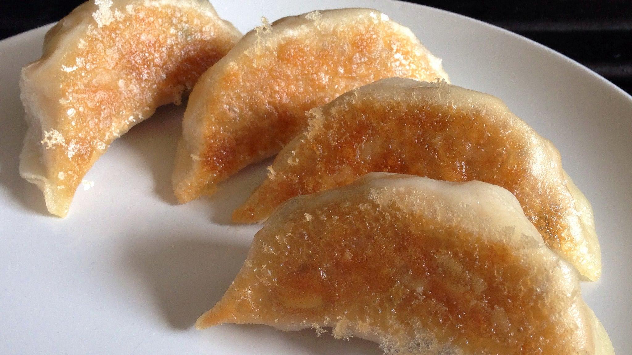 Steam-Fry' Frozen Dumplings And Potstickers For Perfectly Crispy Skin ...