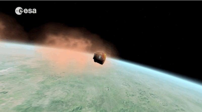 Watch Scott Kelly and Mikhail Kornienko Plummet to Earth