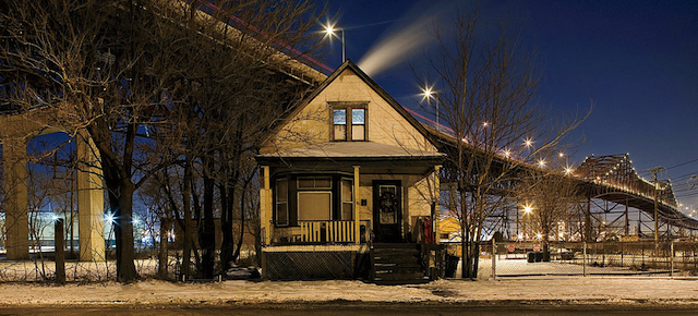 These Are the Loneliest Houses In Chicago