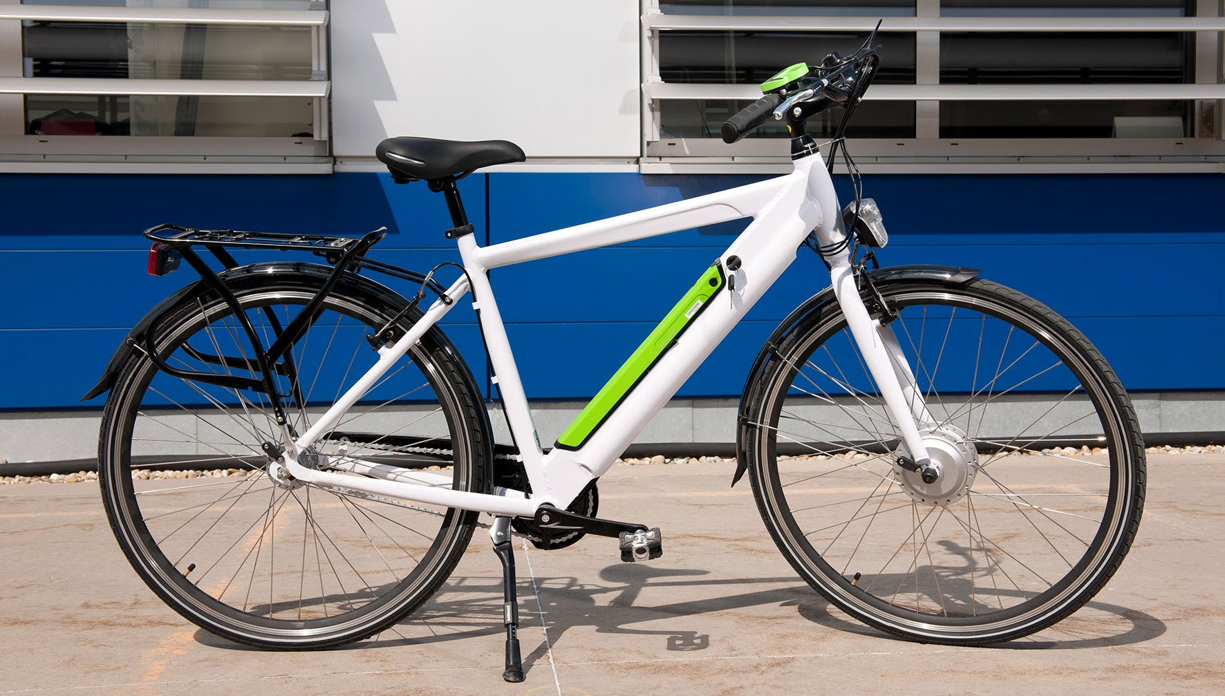 ikea 39 s selling an electric bike to help get all those boxes home gizmodo australia. Black Bedroom Furniture Sets. Home Design Ideas