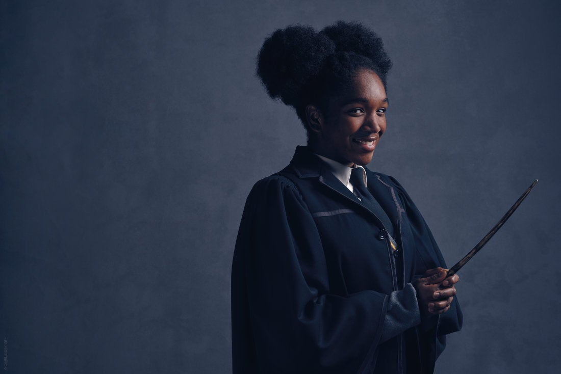 Harry Potter and the Cursed Child Reveals Hermione Granger and Ron Weasley's Family Photo
