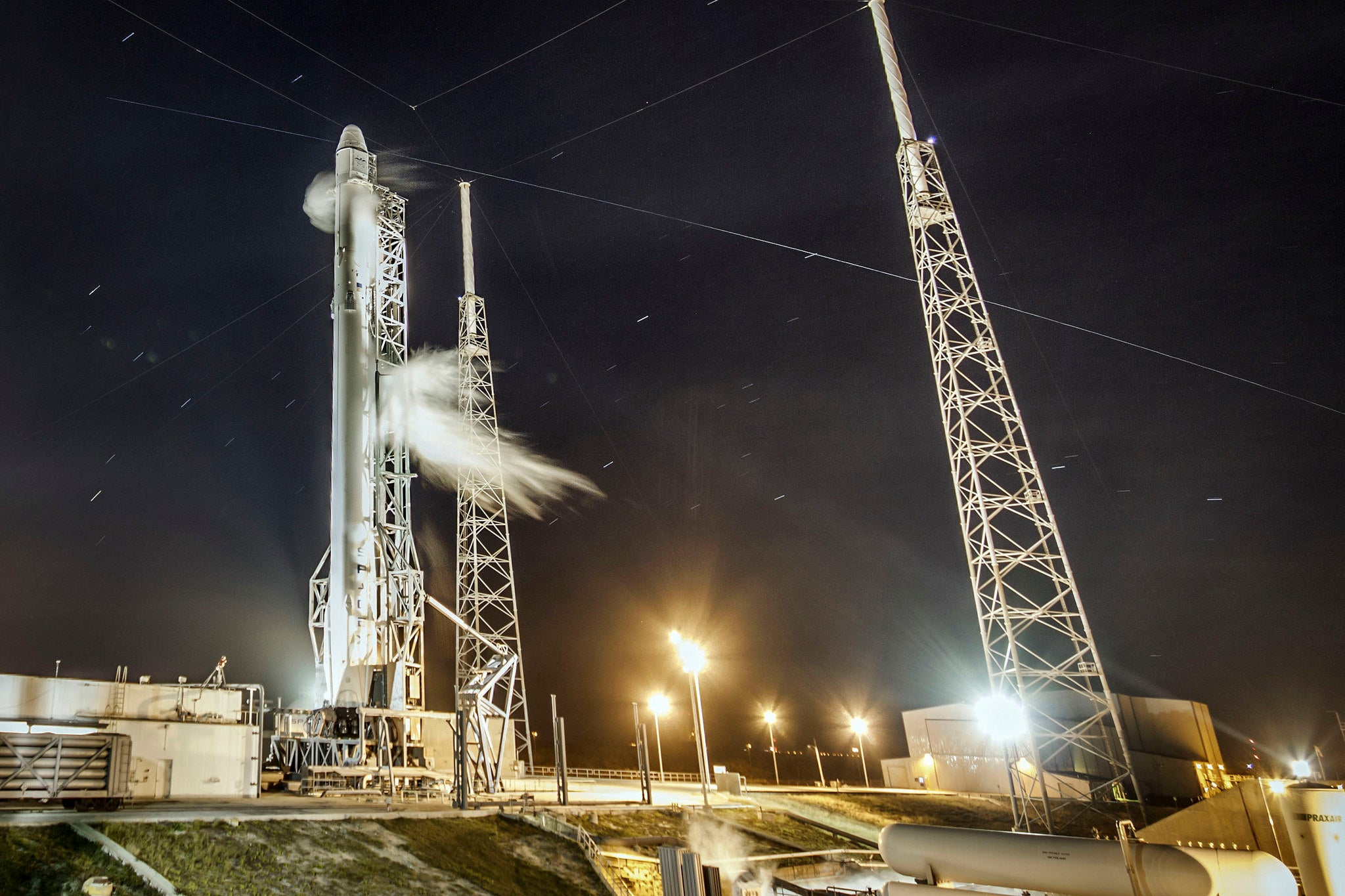 Watch SpaceX Launch An Expandable Space House To The ISS And Then Land The Rocket On A Drone Barge