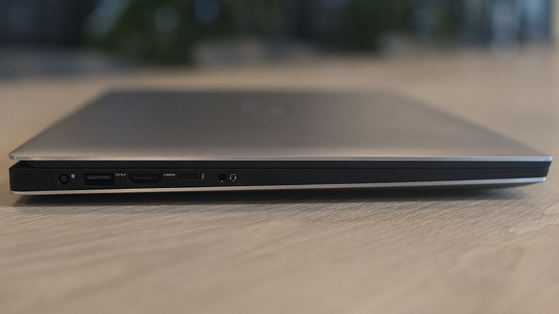 Dell XPS 15 Review: a Glimmer in the Macbook's Shadow