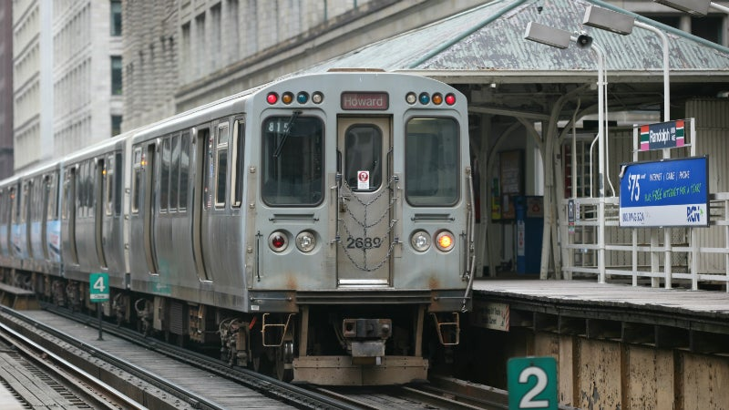 Chicago Man Charged with Felony for Jamming Cell Phones on a Train