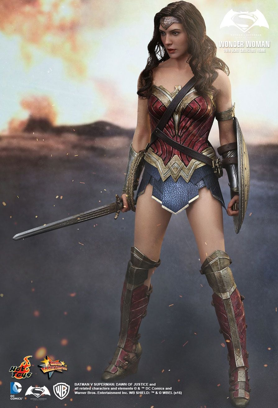 Wonder Woman Finally Gets Her Own Awesome Hot Toys Figure