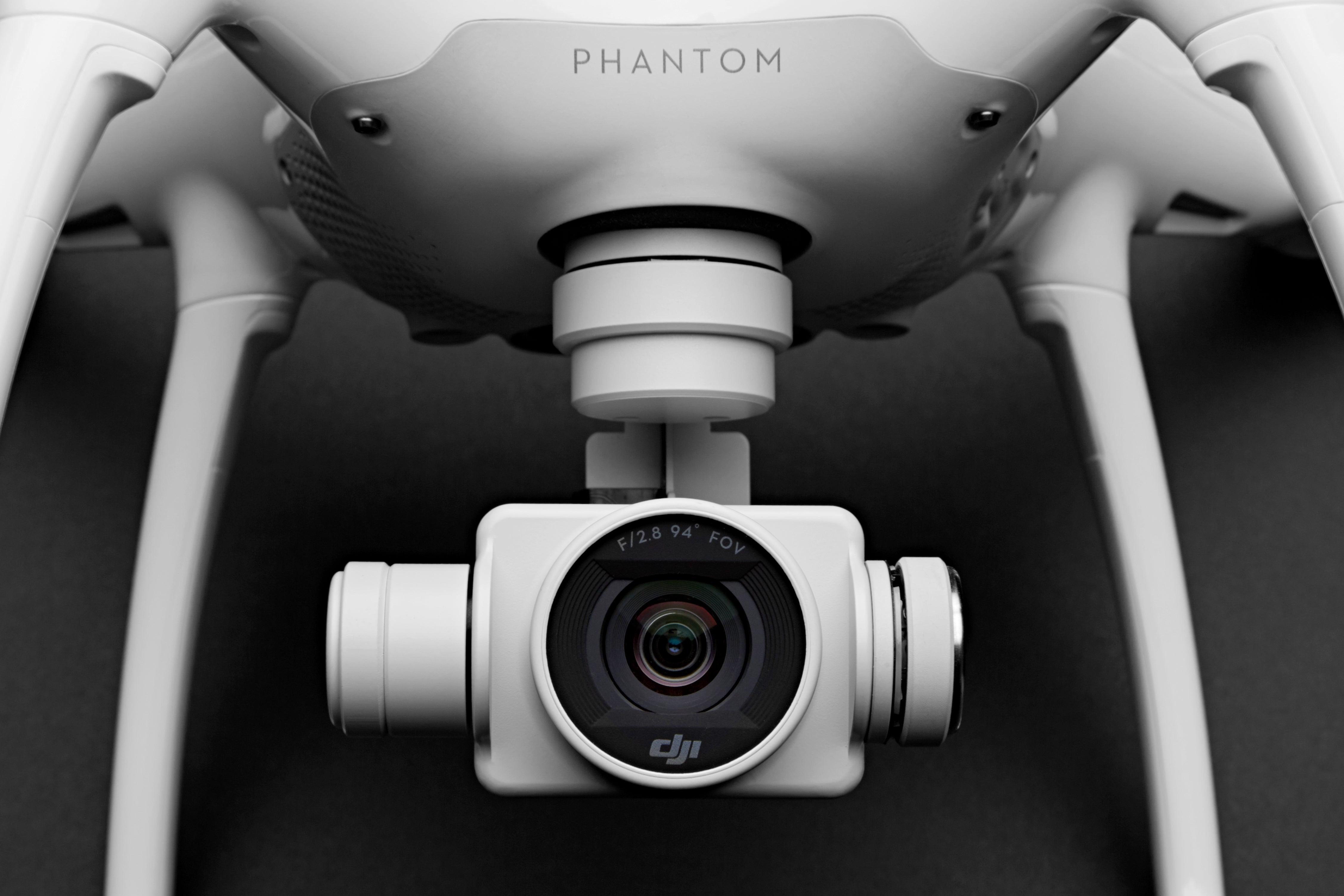 DJI's Phantom 4 Is Blazingly Fast and (Almost) Crash-Proof
