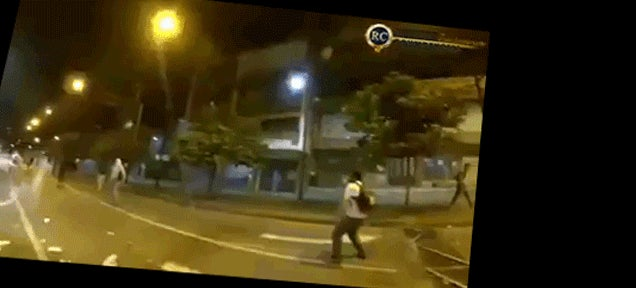 Badass Hong Kong protester catches and twrows back tear gas grenade