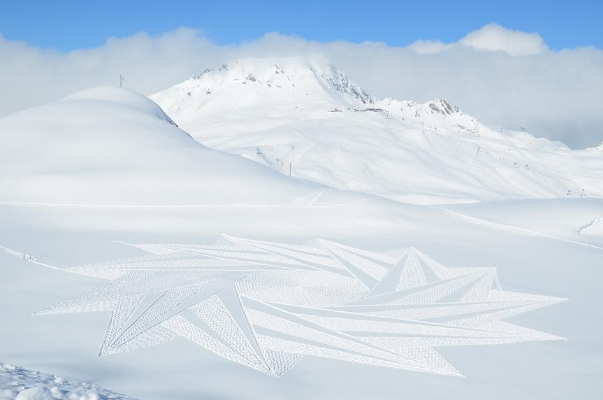 The Artist Making Beautiful Snow Art With Simple Maths and Footprints