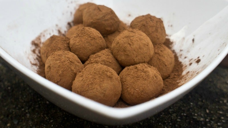 Make Perfect Chocolate Truffles With Just Two Ingredients