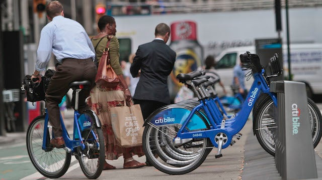 Man Wins Bikeshare Stunts By Riding a Citibike Across the Country
