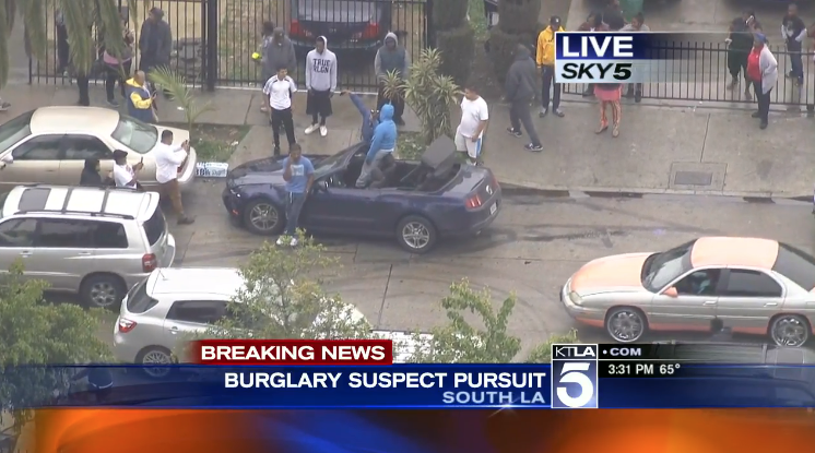 After A High-Speed Chase In LA, Suspected Burglars Have Time To Pose For Selfies Before Cops Arrive
