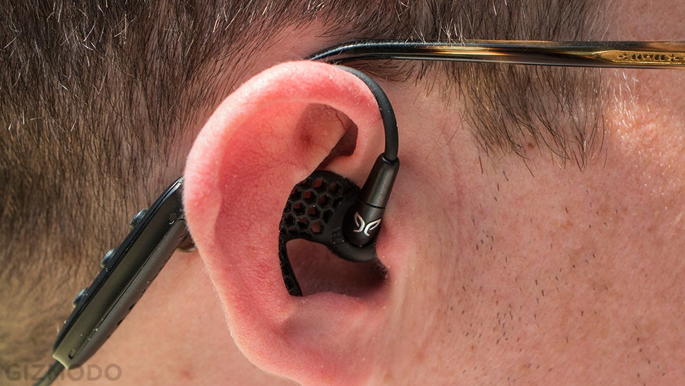 Jaybird Freedom Review: Tiny Bluetooth Earbuds That Actually Fit
