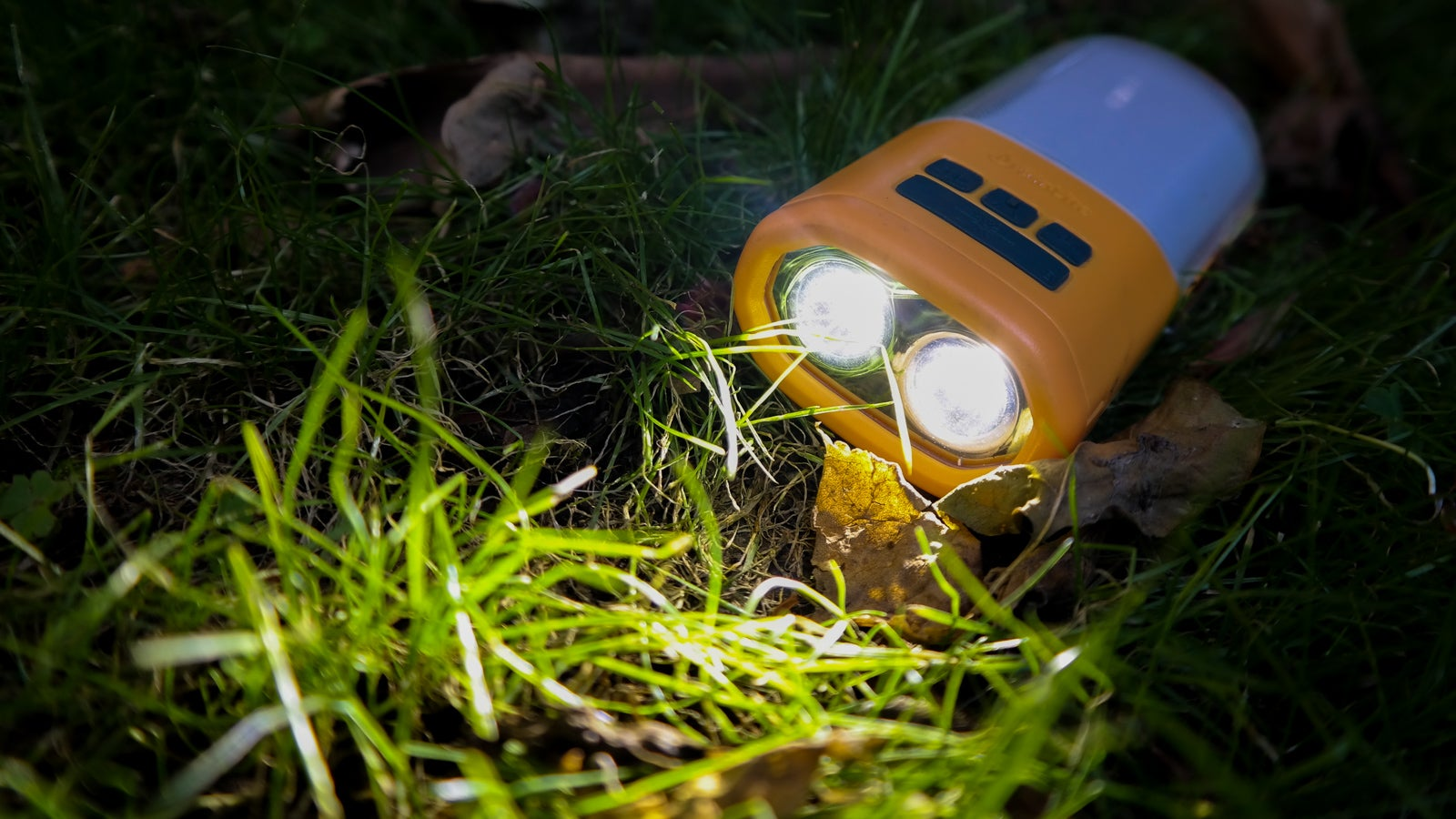 BioLite's NanoGrid Is a Lantern, Battery, and Flashlight All In One