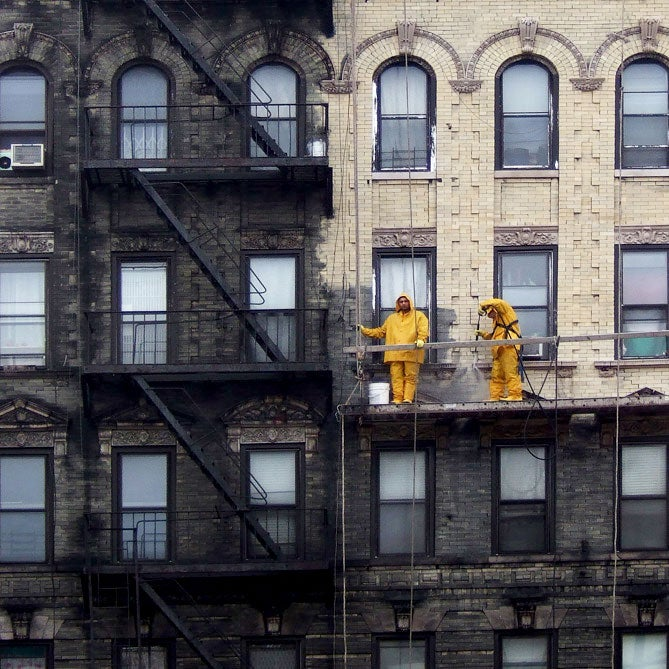 Photo of New York City before and after cleaning shows how filthy it is